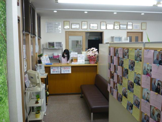 広い個室で施術