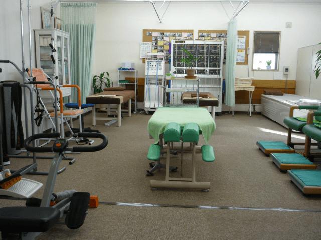 広い電気治療室リハビリ室