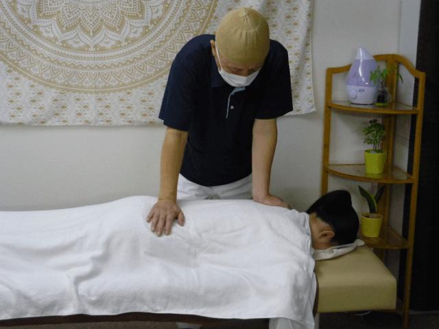 交通事故の腰と肩の施術